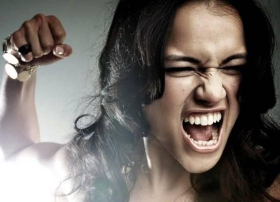 37262-angry-woman.jpg