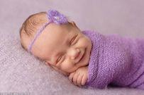 Lý giải các hành động khóc, cười, nói mớ, chảy dãi ở trẻ khi ngủ