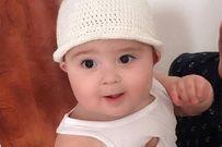 Vẻ đáng yêu của cậu bé 9 tháng tuổi khiến dân mạng phát cuồng