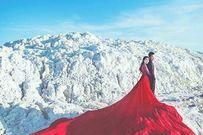 Những gam màu váy cưới nổi bật giữa mùa đông lạnh
