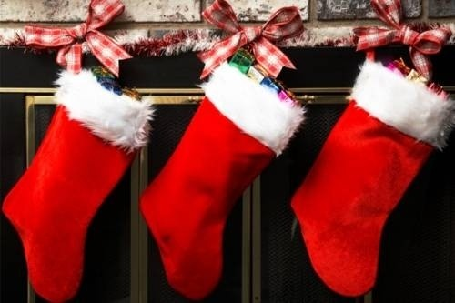 39896-three-christmas-stockings-6321-1450086171.jpg