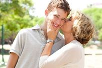 10 điều mẹ dặn con trai trước khi lấy vợ khiến nhiều chị em tâm đắc