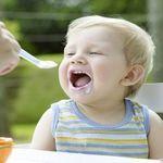 Chế độ dinh dưỡng cho bé 1 tuổi đầy đủ và hợp lý