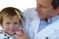Hướng dẫn cách hút mũi cho trẻ sơ sinh chuẩn như bác sĩ