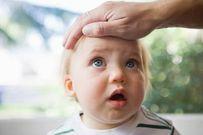 Hướng dẫn chăm sóc trẻ bị sốt tại nhà đúng cách