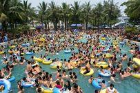 Công viên nước Hồ Tây: Điểm hẹn mùa hè lý tưởng của người Hà Nội