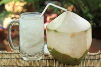 Trẻ bị tiêu chảy, uống nước dừa được không?