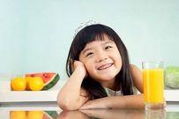 Cách cho trẻ uống nước trái cây đúng cách, tăng cường vitamin cho cơ thể