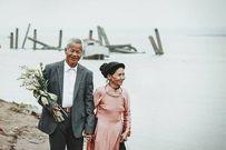 47 năm chung sống, người đàn ông chỉ mơ một lần được cầm tráp hỏi vợ mình