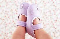 5 sai lầm phổ biến mẹ hay mắc phải chọn giày dép cho con mà không biết