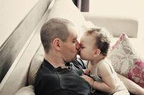 Cách giúp bố mẹ tránh bất đồng trong việc chăm sóc con cùng nhau