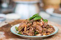 Gỏi bò nướng chua cay làm say lòng cả nhà trong những ngày nghỉ lễ