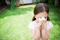 Cách hay trị dứt điểm hắt hơi, sổ mũi, ho cho trẻ mùa nắng nóng