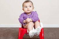 3 biến chứng nguy hiểm khi trẻ bị táo bón mẹ phải biết