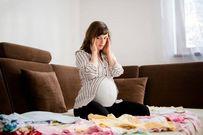 Nguy hiểm chứng đau đầu khi mang thai