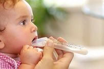 5 tác hại khôn lường khi mẹ lạm dụng cho trẻ uống thuốc kháng sinh