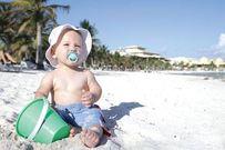 Cho trẻ tắm nắng thường xuyên và 5 lợi ích không ngờ