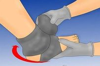 Xử lý nhanh vết thương ở lòng bàn chân trẻ tránh nhiễm trùng