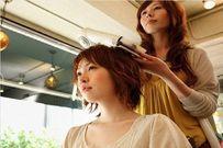 Mẹo đơn giản giúp chăm sóc tóc bà bầu bóng khỏe trong thai kỳ