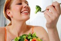 Mẹo ăn uống giúp bà bầu bổ sung đủ chất trong 3 giai đoạn mang thai