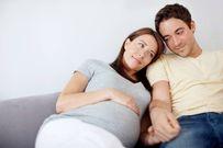 Mỗi người đàn ông trước khi lấy vợ hãy vạch áo của mẹ mình lên xem