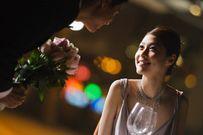 Hối hận sau khi gặp lại người vợ xấu xí, lôi thôi ngày nào trong tiệc cưới bạn thân