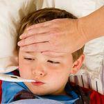 Hướng dẫn mẹ chăm sóc trẻ bị sốt siêu vi tại nhà cực hiệu quả