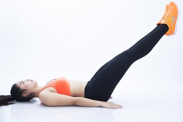 yoga giam mo bung