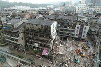 4 chung cư 5 tầng ở TQ bất ngờ đổ sập, 20 người mắc kẹt trong đống đổ nát