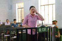 Bị xử chạy án, nữ bị cáo khai có clip nóng với cựu kiểm sát viên