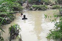 Tìm thấy thi thể bé trai 8 tuổi bị nước cuốn xuống cống