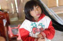 Niềm mong mỏi hóa giải được 'lời nguyền' của người mẹ 2 đứa trẻ mắc chứng đầu nhỏ