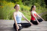 Chóng đón con về tổ nhờ 3 bài tập yoga kiện cường thể trạng