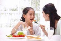 Những cách giúp cha mẹ dễ dàng trò chuyện với con ở tuổi mới lớn