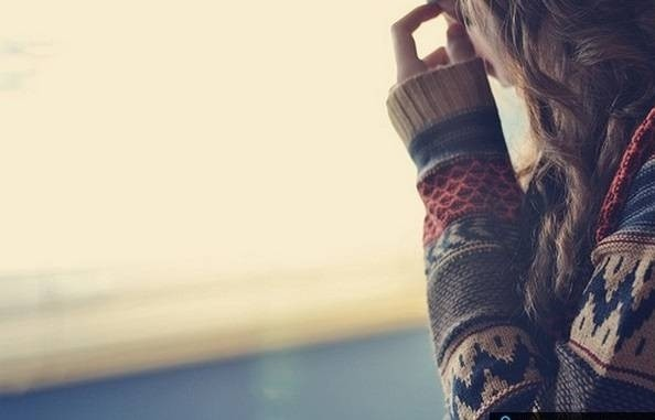 6713-cute-sad-girl-fashion-lovely.jpg