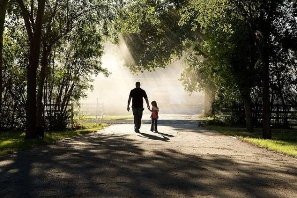 6734-father-and-daughter-walking.jpg
