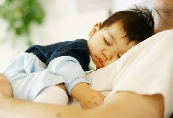 6739-father-and-baby-sleeping.jpg