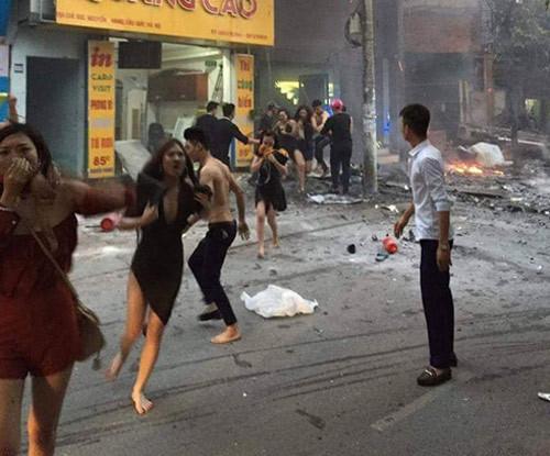 tu vu chay o tran thai tong lam sao de an toan thoat khoi dam chay 5.jpg