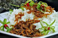 Bỏ túi cách nấu món cá cơm kho tiêu chỉ trong 15 phút