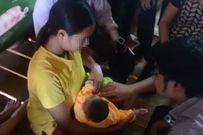 Nỗi niềm người mẹ bị cả dân làng xa lánh khi có con mắc dị tật đầu nhỏ do virus Zika đầu tiên ở Việt Nam