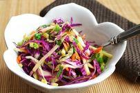 Da đẹp dáng thon với salad bắp cải thơm ngon mát giòn