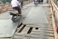 Hiểm họa rình rập từ cây cầu xuống cấp do xe trọng tải 'giày xéo'
