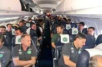 Tin nóng: Máy bay chở 81 người, trong đó có 1 đội bóng Brazil rơi ở Colombia