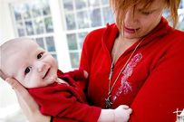 Trẻ bị nôn nhiều lần trong ngày kèm những dấu hiệu sau mẹ không nên chủ quan