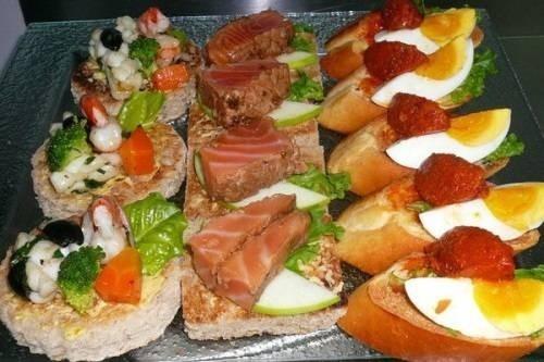 9019-yeutrevn-mon-an-tiec-buffet.jpg