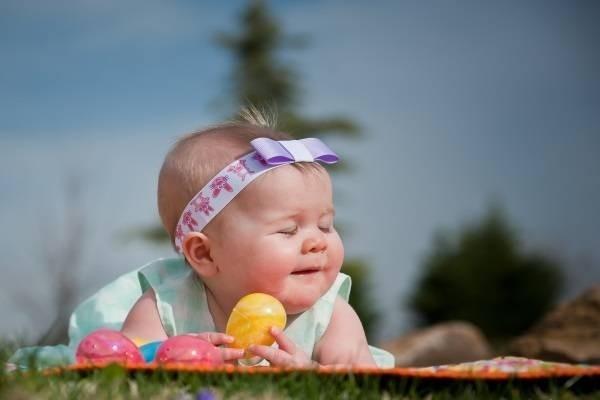 Vì sao trẻ sơ sinh rụng tóc - Những điều mẹ cần biết